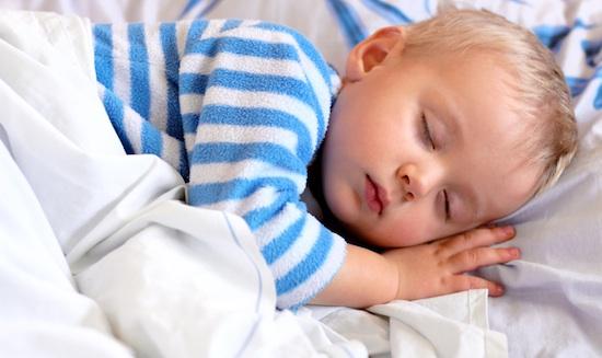Tác hại của nệm mềm đối với trẻ...